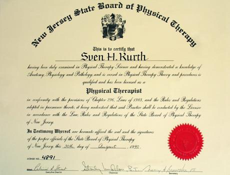 Zertifikat für phsyikalische Therapie von Dr. Sven Kurth.