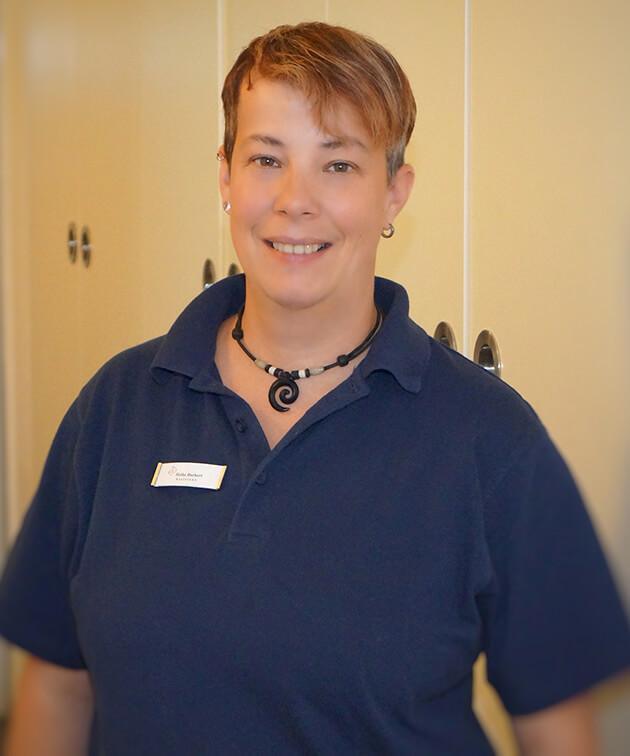 Heike Burkert ist Mitarbeiterin der Zahnarztpraxis Kurth & Partner in Berlin-Spandau.