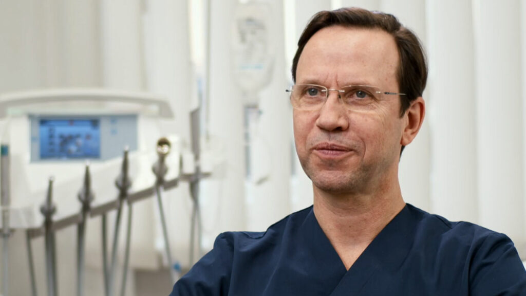 Dr. Sven Kurth, Zahnarzt Berlin-Spandau, berichtet von der Praxishistorie.